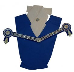 Royal blue, cream and gold V small square checkerbling set
